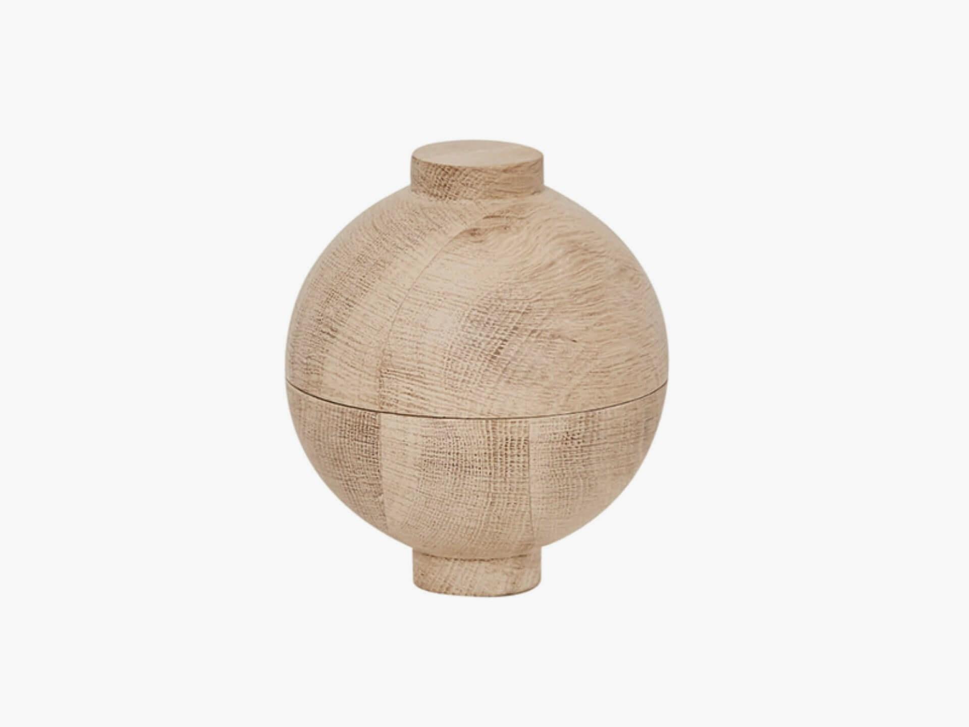 Kristina Dam Wooden sphere