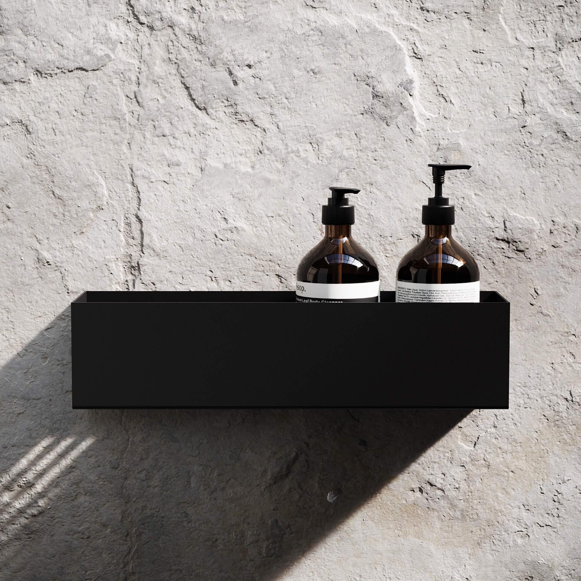 Produktbilde hylle i dusj i sort stål fra Nichba. 40 cm.