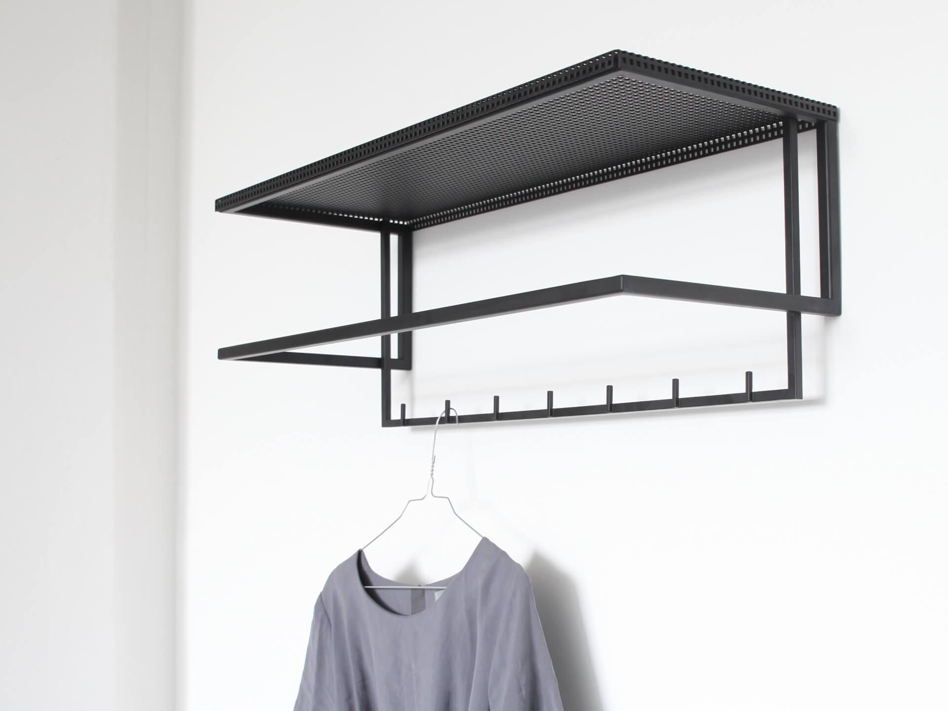 Kristina Dam Grid coat hanger