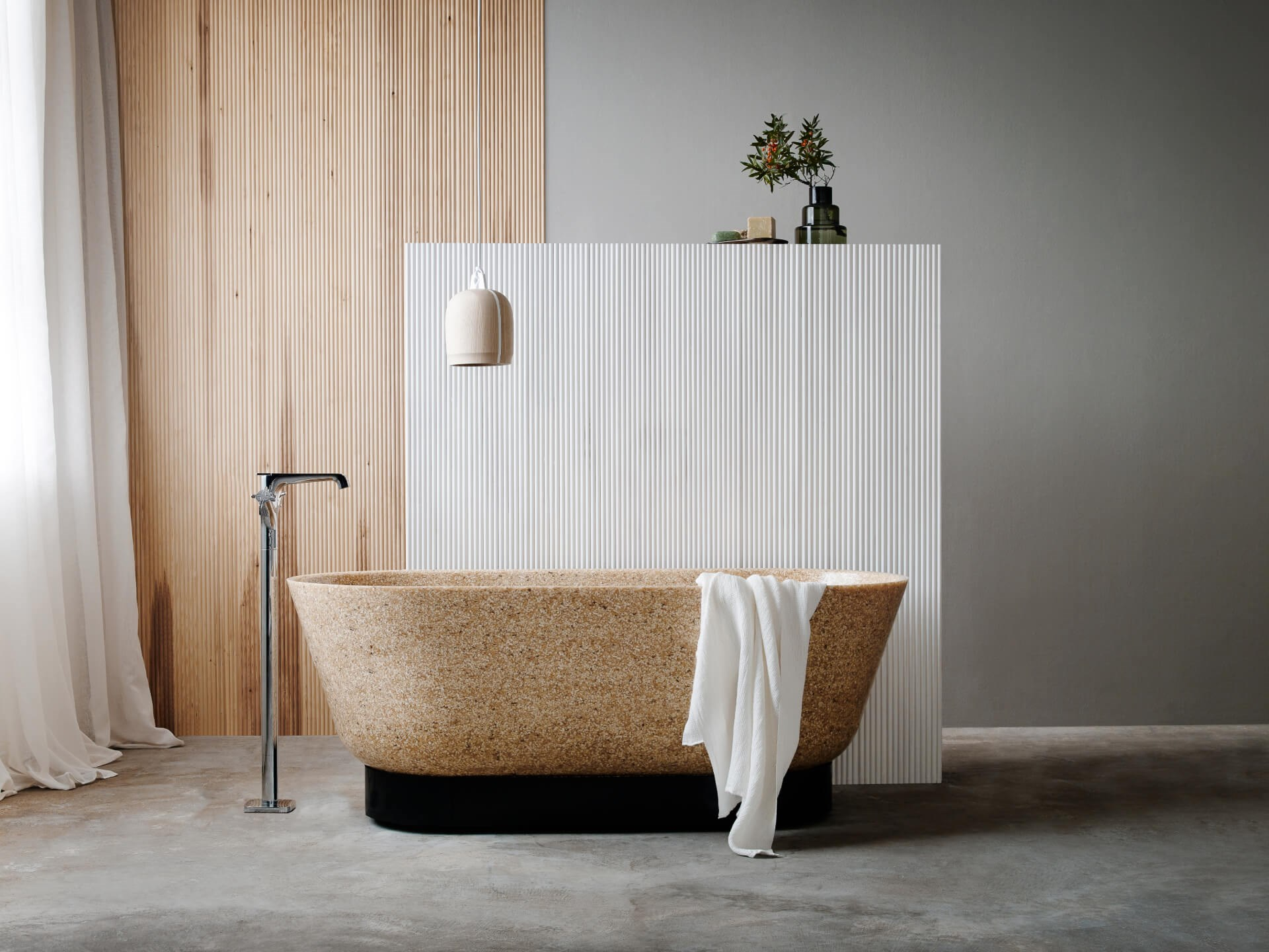 Woodio Flow bathtub